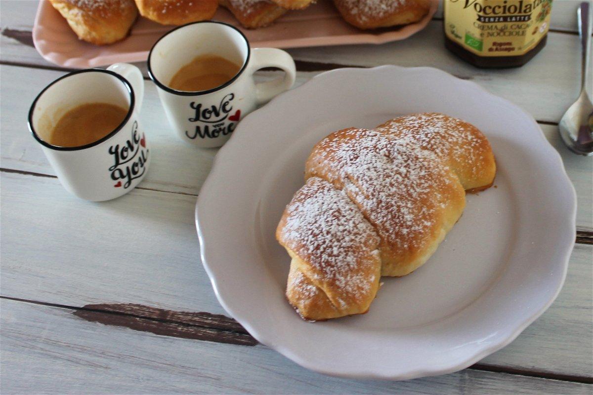 Ricetta Cornetti Brioche Senza Uova.Cornetti Senza Burro Senza Uova E Senza Latte Fidelity Cucina