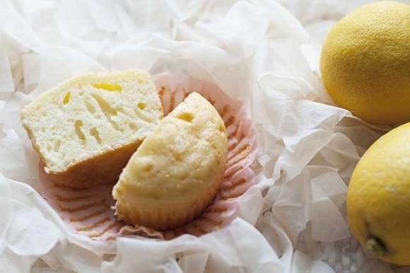 Muffin con yogurt e limone