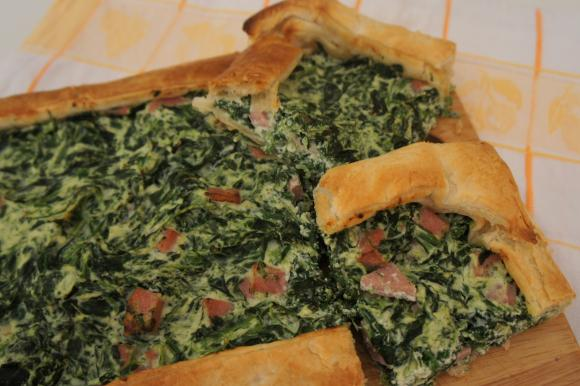 Torta salata ricotta, spinaci e mortadella