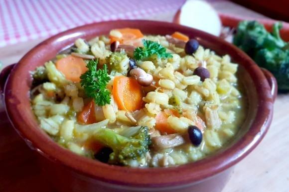 Orzotto con broccoli e funghi