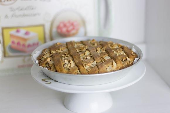 Crostata alla marmellata di castagne e ricotta con frolla all'olio