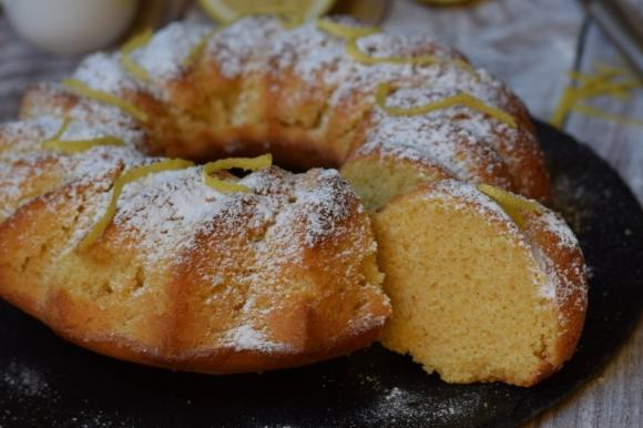 Ciambella al limone senza burro