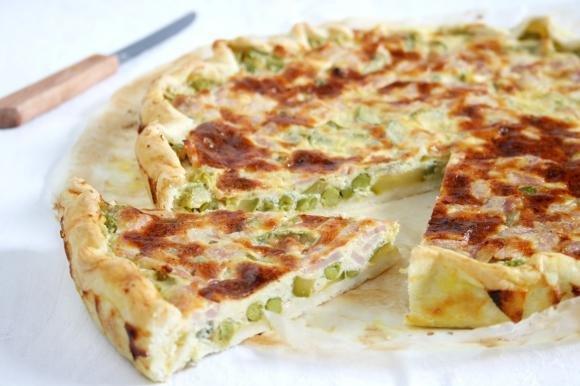 Torta salata prosciutto e verdure