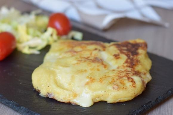 Toast di patate con prosciutto cotto e sottiletta