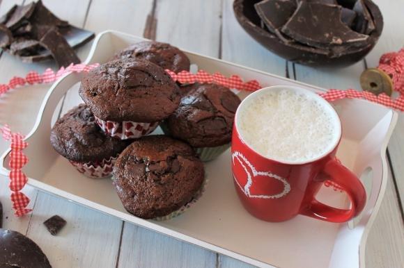 Muffin light allo yogurt e doppio cioccolato