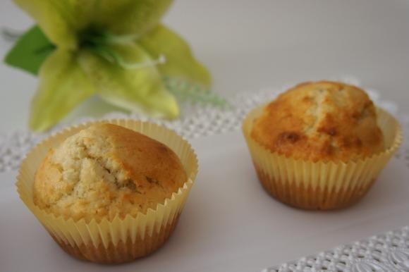 Muffin al cocco e mandorle