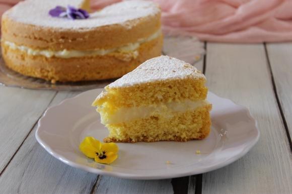 Chiffon cake con crema al limone