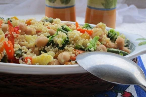 Couscous con ceci e verdure