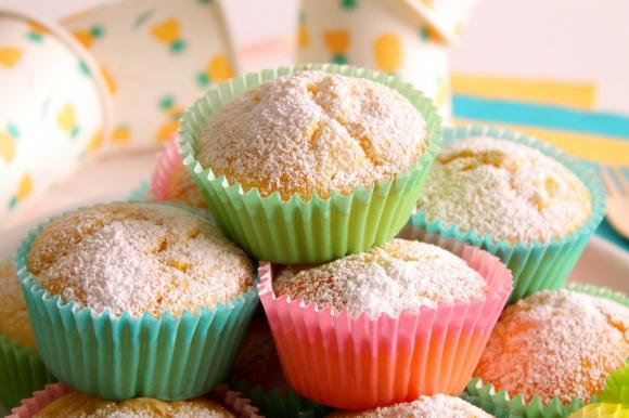 Muffin soffici all'ananas