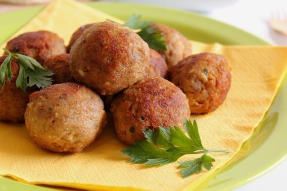 Polpette di carne con patate e ricotta salata