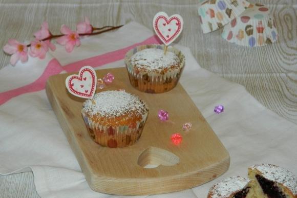 Muffin allo yogurt e marmellata