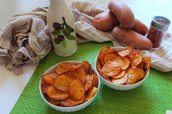 Chips di patate alla paprika