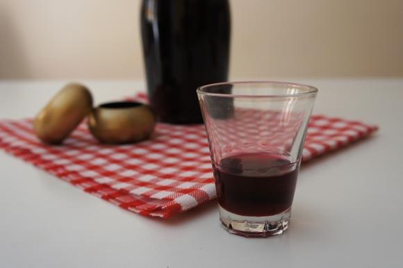 Liquore al vino rosso e cherry