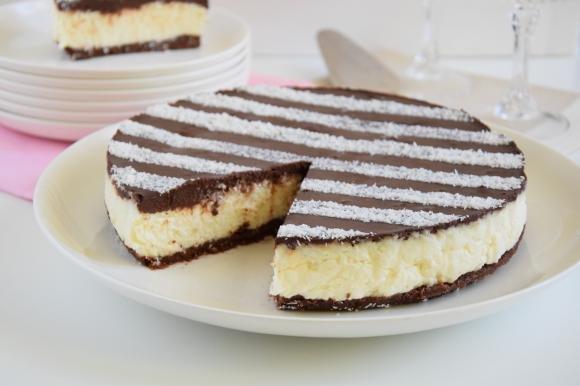 Cheesecake senza cottura al cocco e cioccolato