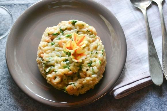 Risotto con gorgonzola, gamberetti e rucola
