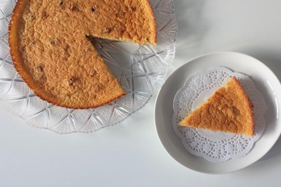 Torta di quinoa al limone con noci