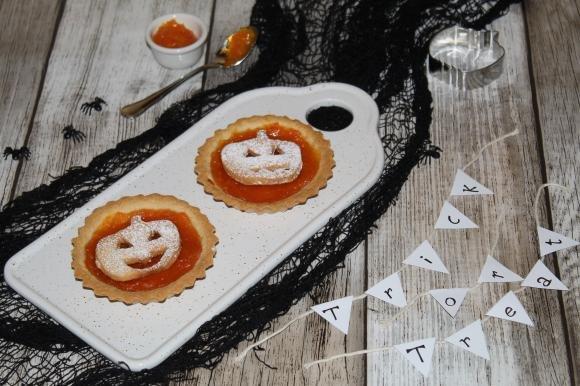 Crostatine di Halloween con marmellata