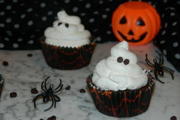 Cupcake di Halloween dal cuore cremoso