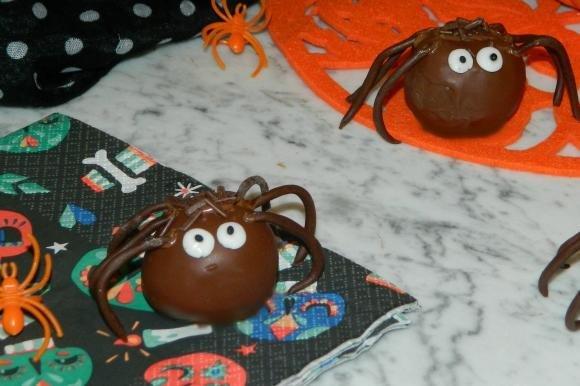 Spider cake pops al cioccolato