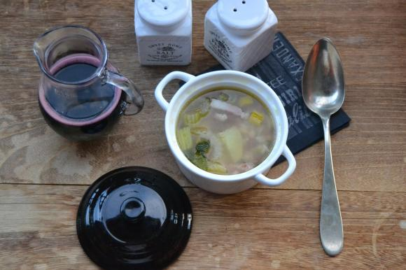 Zuppa con fagioli rossi e lenticchie
