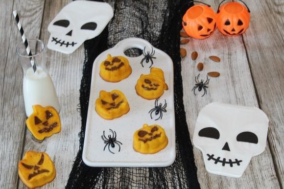 Tortine di Halloween di zucca e cannella