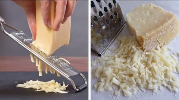 Avete sempre grattugiato il formaggio nel modo sbagliato: ecco il trucco che adorerete