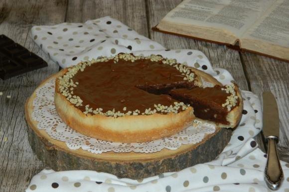 Crostata farcita con brownie al cioccolato