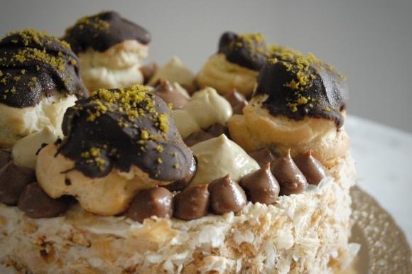 Torta saint-Honorè cioccolato e pistacchio