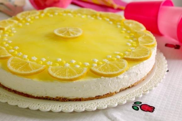 Cheesecake al limone senza lattosio