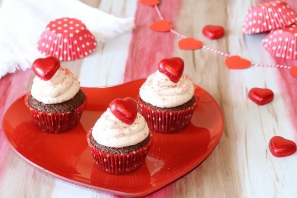 Cupcake al cioccolato dal cuore cremoso
