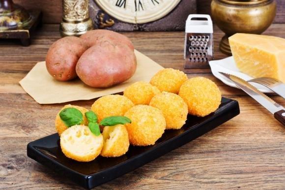 Bombe di patate al formaggio