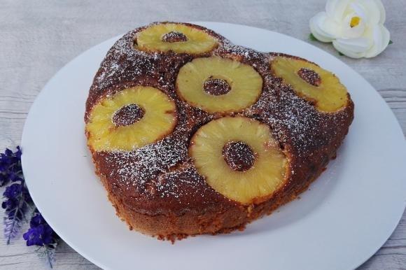 Torta bicolore ananas e cocco