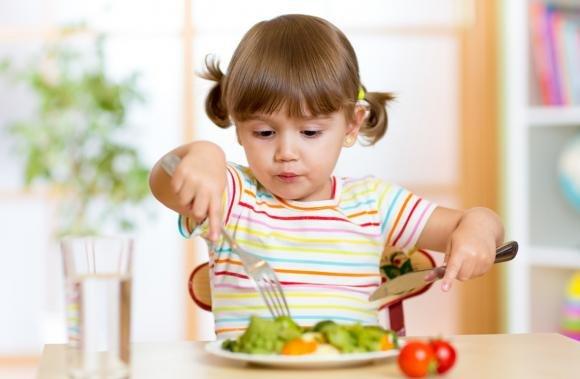 Bambini e dieta vagana: stilata la dieta completa di tutti gli alimenti