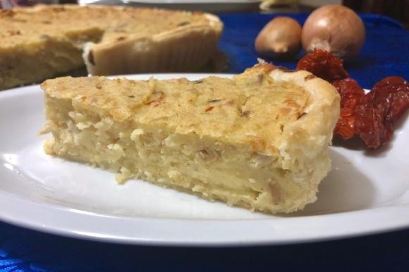 Torta salata patate, pollo e funghi