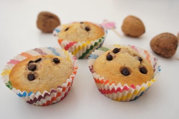 Muffin con gocce di cioccolato e noci