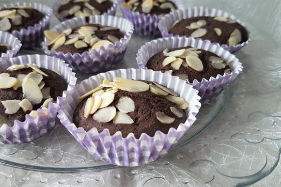 Muffin con cacao e arancia senza uova