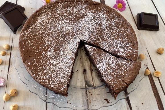 Torta cioccolatino alle nocciole