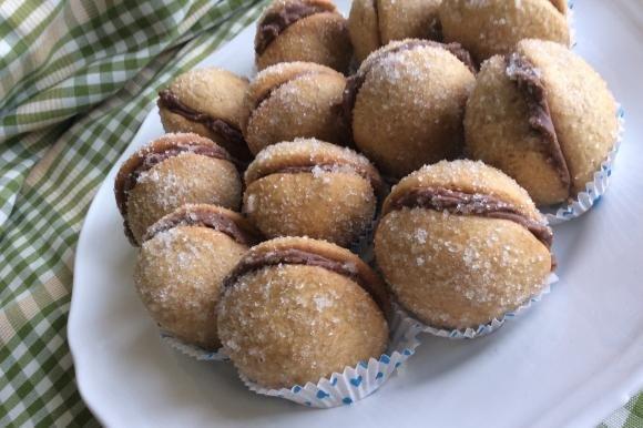 Pesche dolci ripiene di nutella e mascarpone