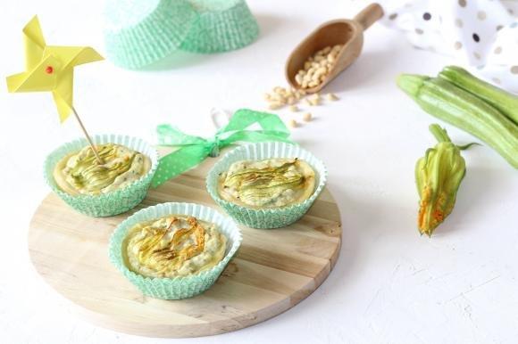 Mini quiche con ricotta e zucchine