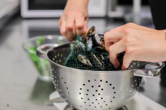Come pulire le cozze velocemente