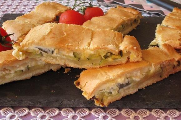 Strudel con philadelphia e zucchine