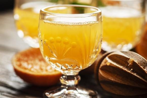 Liquore all'arancia fatto in casa