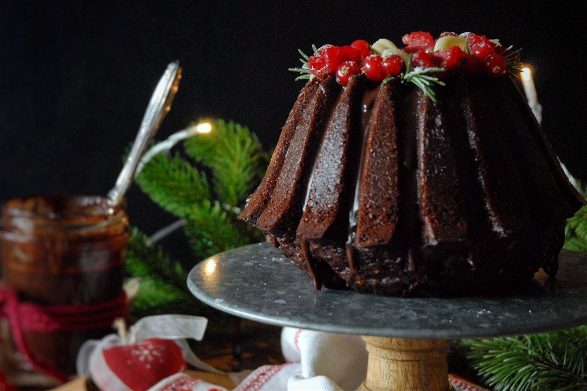 Bundt cake cioccolato, cannella e arancia di natale