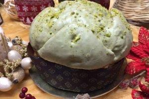 Panettone artigianale con crema al pistacchio