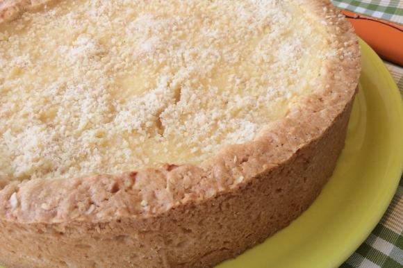 Crostata con frolla alle mandorle e crema al limone