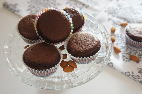 Muffin cacao e mandorle