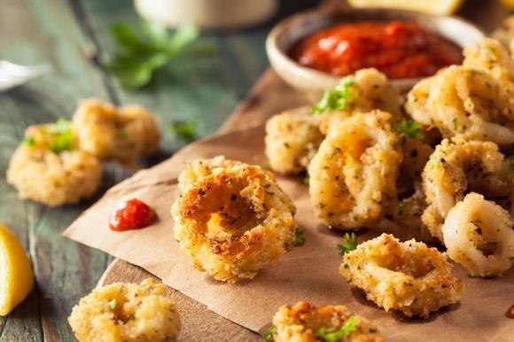 Anelli di calamari con pangrattato al forno