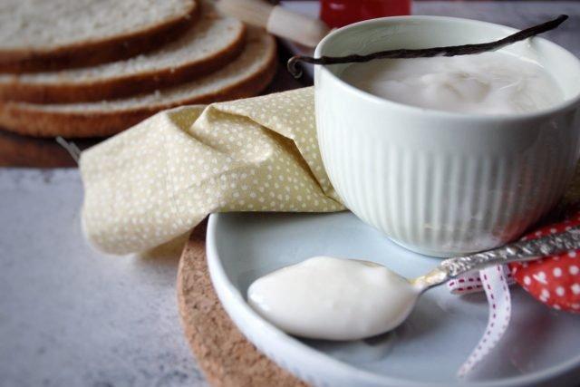 Crema-di-latte-senza-panna