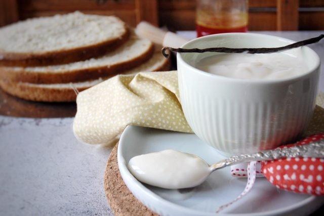 Ricetta-crema-al-latte-senza-panna