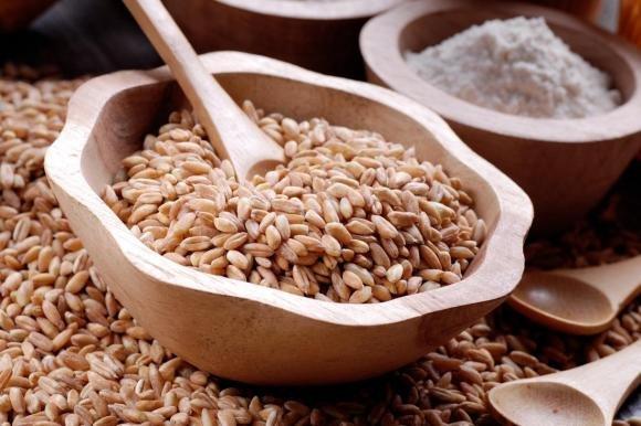 Come cucinare il farro: ricette e consigli utili